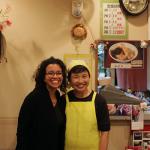 ご近所の定食屋いとうさんにて、奥さんと仲良く記念撮影 A guest with a restaurant owner at a nearby very friendly restaurant ITO.