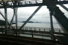 瀬戸大橋渡ります〜