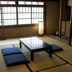 表の間 Omote (front) room