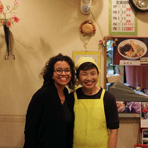 ご近所の定食屋いとうさんにて、奥さんと仲良く記念撮影/A guest with a restaurant owner at a nearby very friendly restaurant ITO