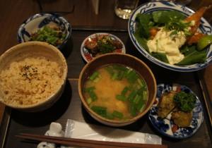 スガマチ食堂のディナー