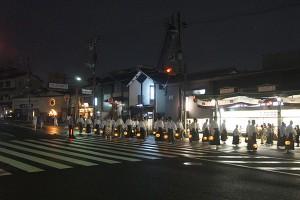八坂神社を出た行列